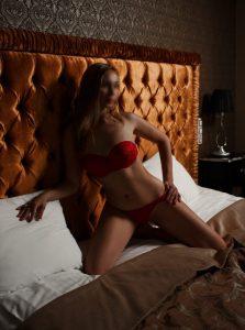 Фото проститутки СПб по имени Валерия +7(921)408-18-60