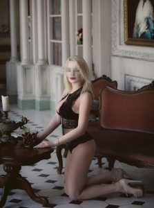 Фото проститутки СПб по имени Виктория +7(921)313-72-07